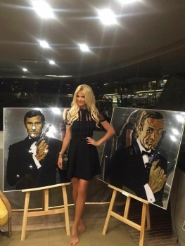 Victoria Silvstedt, become a Bond girl :)